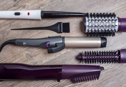 Can You Bring an Electric Curling Iron on a Plane